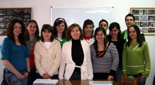 Blanca Rueda junto a los alumnos y alumnas de Biología y Geología de 4º de E.S.O.