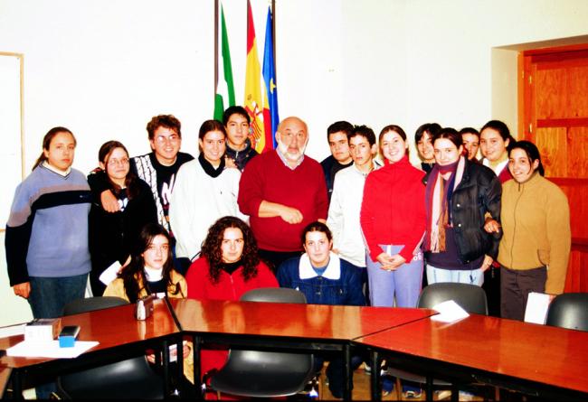 Carlos Borrás con el grupo de alumnos